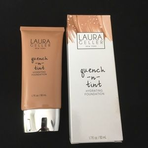 Quench and Tint Foundation Laura Geller